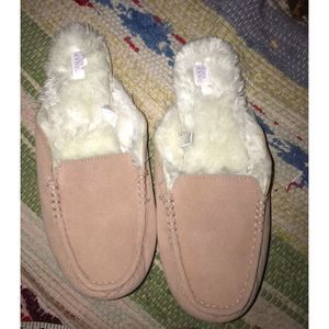 Stars Above Pink Faux Shearling Slippers 8